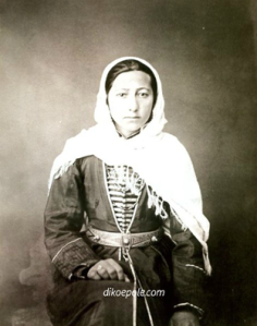 Рис.12 Чеченка. 1870-е годы.